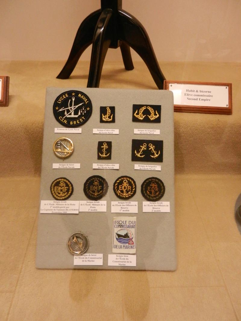 [ Les musées en rapport avec la Marine ] Conservatoire des tenues à Toulon Dscn0743