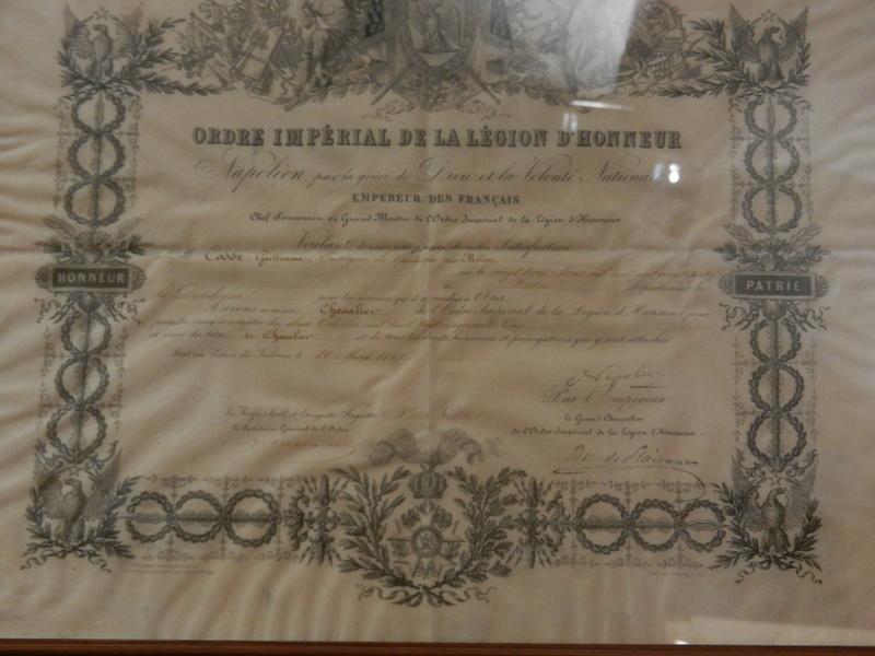 [ Les musées en rapport avec la Marine ] Conservatoire des tenues à Toulon Dscn0776