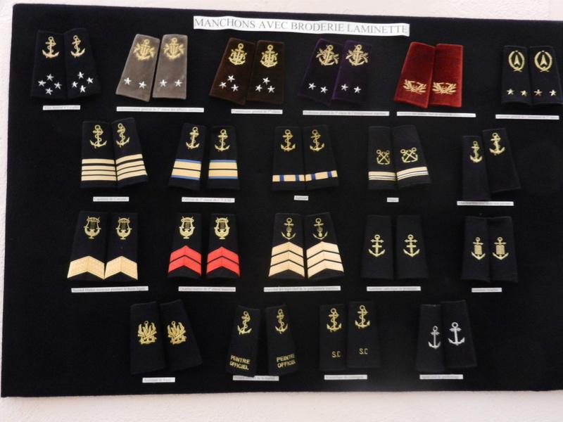 [ Les musées en rapport avec la Marine ] Conservatoire des tenues à Toulon Dscn0780