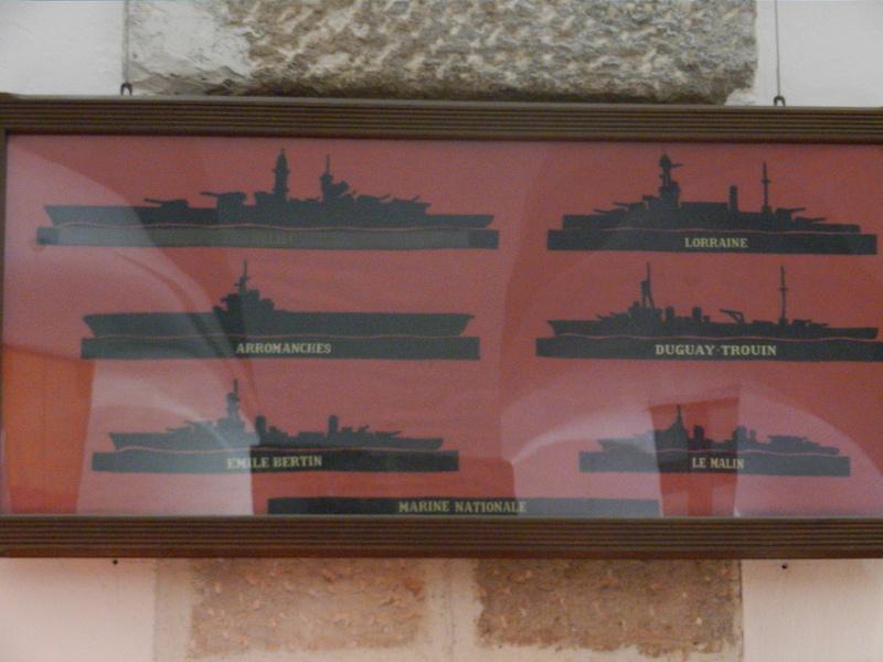 [ Les musées en rapport avec la Marine ] Conservatoire des tenues à Toulon Dscn0782