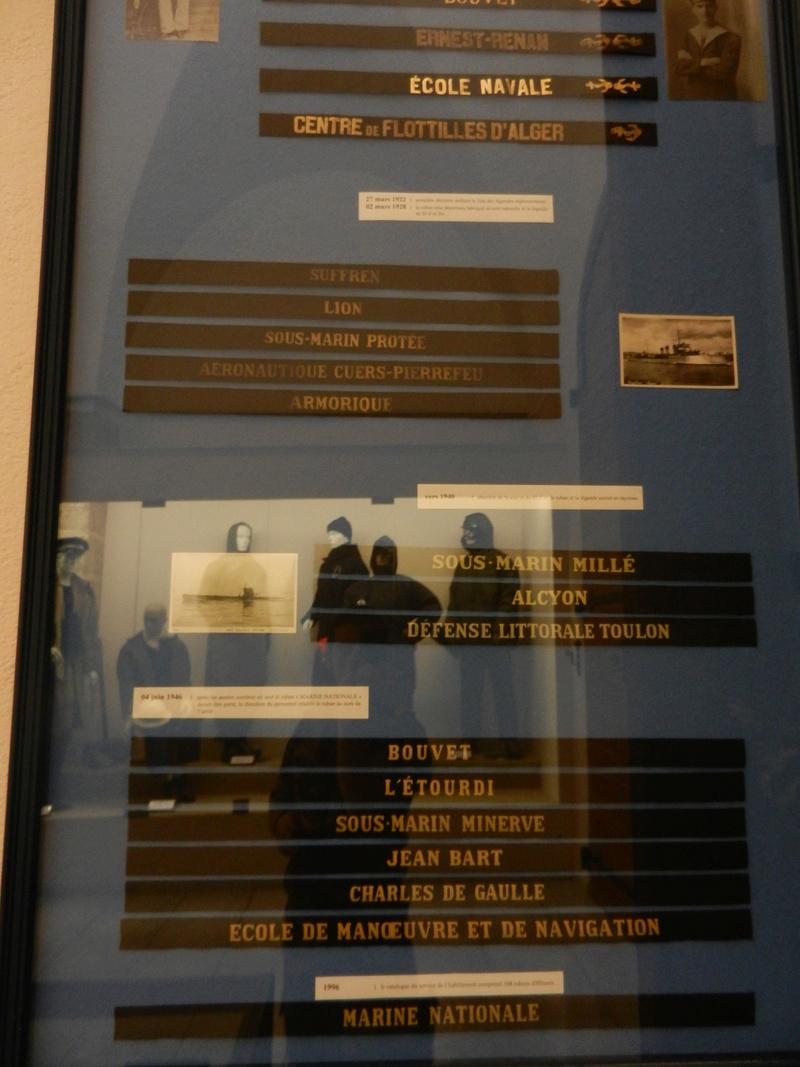 [ Les musées en rapport avec la Marine ] Conservatoire des tenues à Toulon Dscn0783