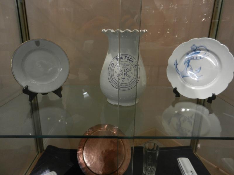 [ Les musées en rapport avec la Marine ] Conservatoire des tenues à Toulon - Page 2 Dscn0792
