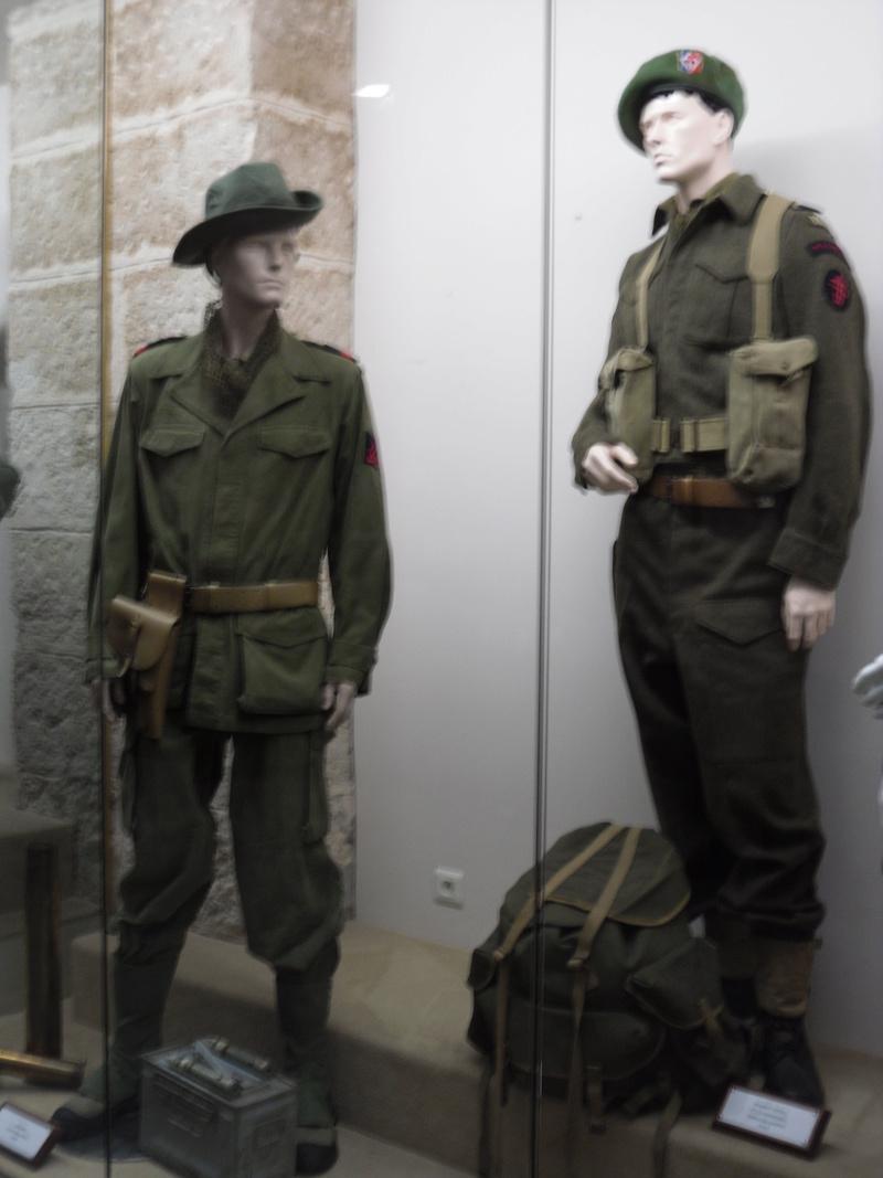 [ Les musées en rapport avec la Marine ] Conservatoire des tenues à Toulon - Page 3 Sdc10816