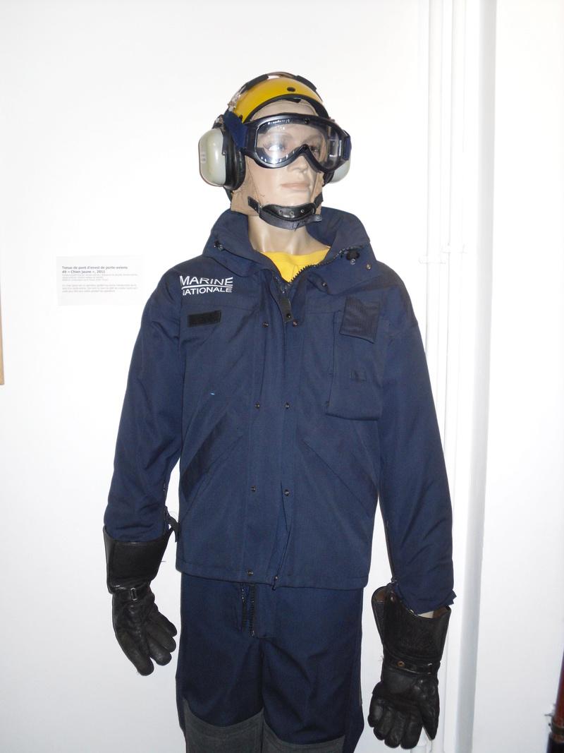 [ Les musées en rapport avec la Marine ] Conservatoire des tenues à Toulon - Page 3 Sdc11010