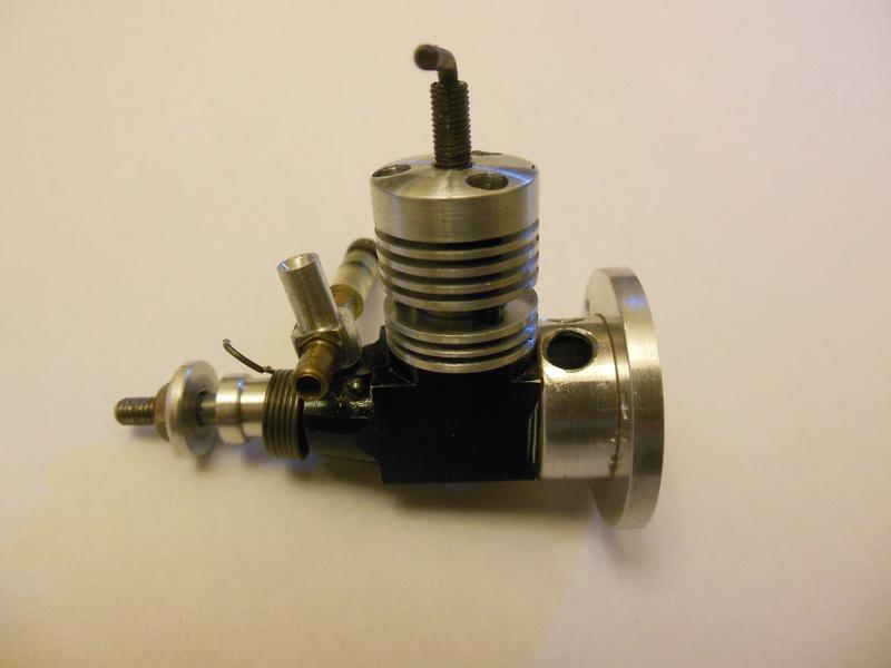 Testors plastic crank case engines - Page 2 Ae_die10