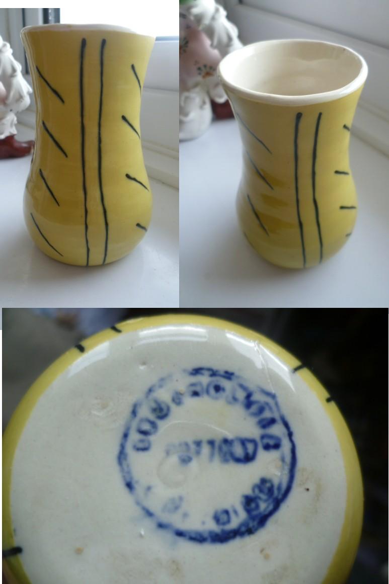 Small Posy Vase, circle mark, Yellow with black piping - cf. Geoffrey Maund Gloss10