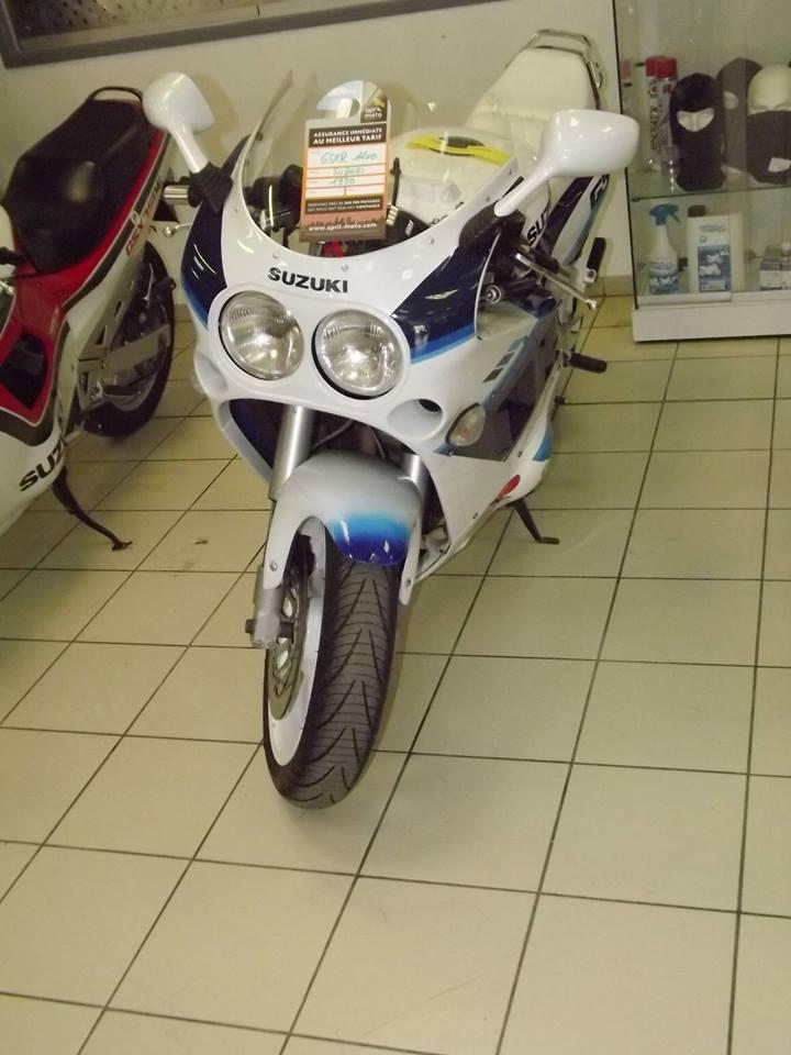 moto + fait son show  14237410