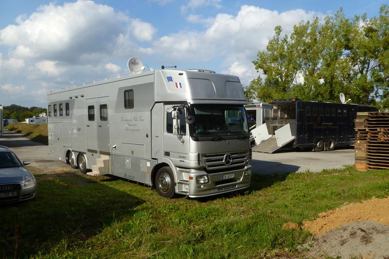 Transports de chevaux - Page 7 00910