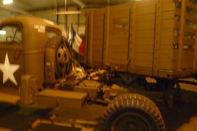 Ancien camions de l'armée ? - Page 3 05311