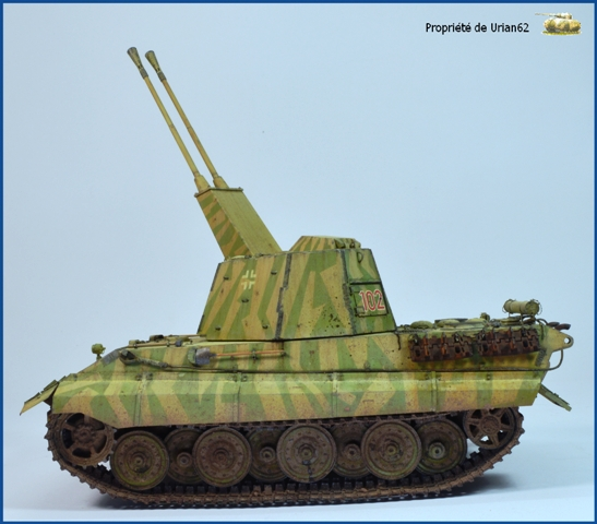 E-75 Flakpanzer [TRUMPETER] PE [VOYAGER MODEL] Canons [RB MODEL] Chenilles [FRIUL] (Weather en cours E-75_f11