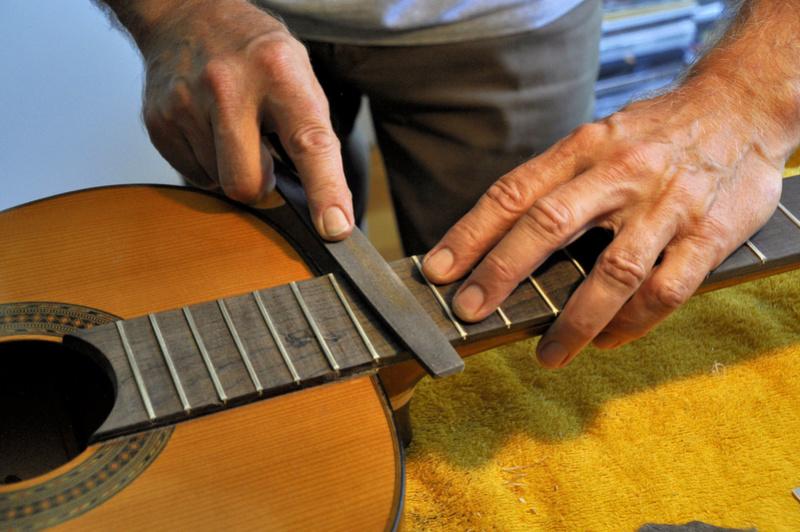 Sauvetage d'une guitare - Page 2 _dsc0726