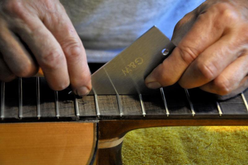 Sauvetage d'une guitare - Page 2 _dsc0727