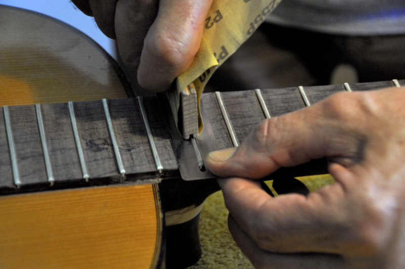 Sauvetage d'une guitare - Page 2 _dsc0728