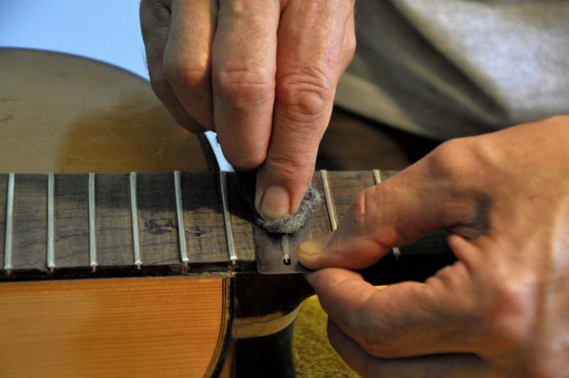 Sauvetage d'une guitare - Page 2 _dsc0729