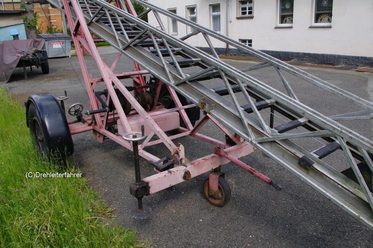 Anhängeleiter AL 12 Busch 59939 Imgp1912