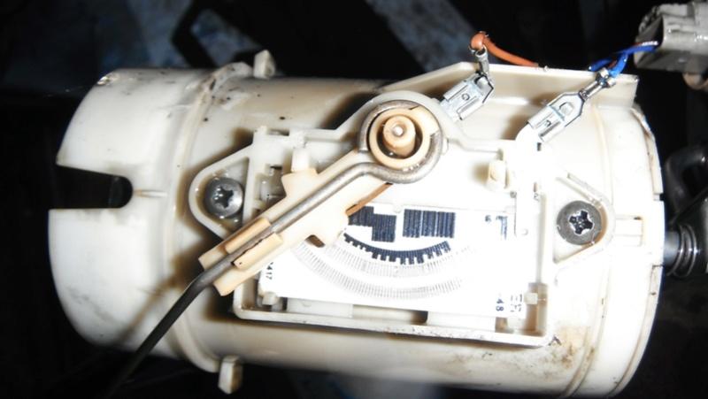 vidanger réservoir à gasoil s2 td Dscf1611