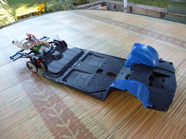 """Suite du montage chassis de ma """"Gordini"""" P1090016"""