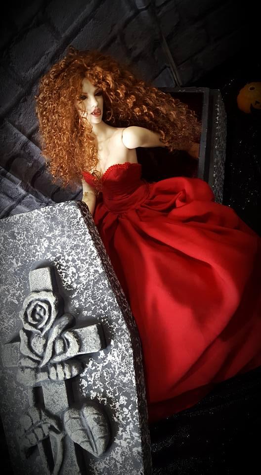 [IH Doria vamp.] Cassandra, cerceuil (bas p2) - Page 2 14666210