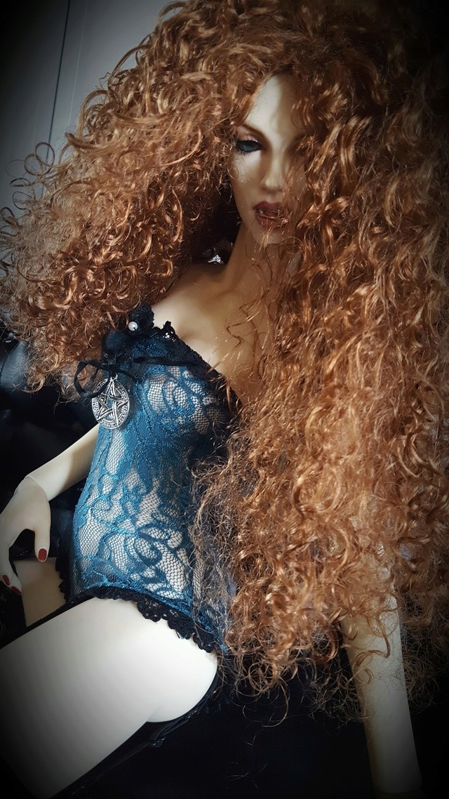 [IH Doria vamp.] Cassandra, cerceuil (bas p2) - Page 2 20160933