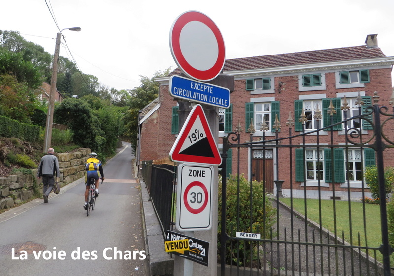 Mardi 4 octobre: Café les Moges - Rue Gelivaux Img_5312