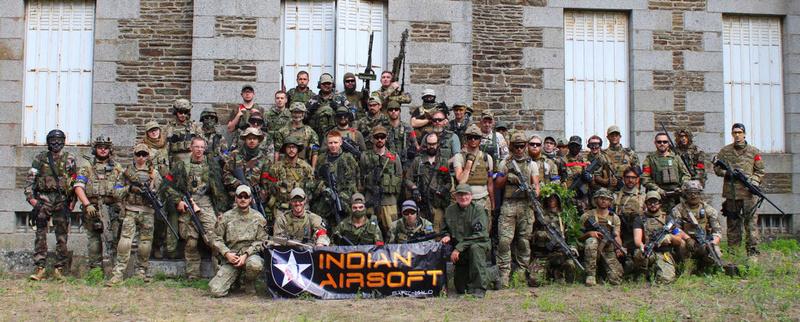 Indian's Vitrine 6-16_210