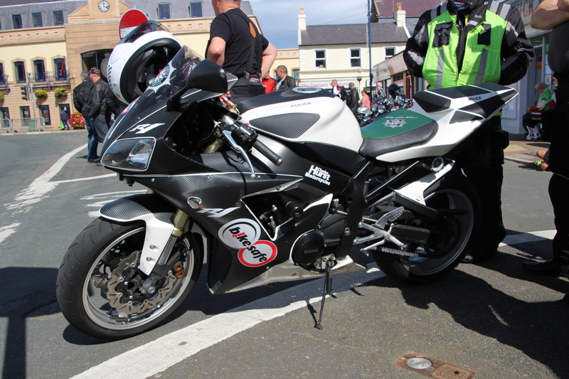 [Road Racing] CLASSIC TT ET MANX GRAND PRIX 2016 - Page 6 Img_2210
