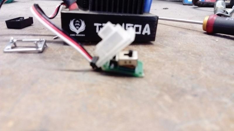 [NEW]ESC 1/8 & 1/5 TITAN 150A/950A Waterproof avec et sans capteur Sensored Hobbypower - Page 2 Dsc_0310