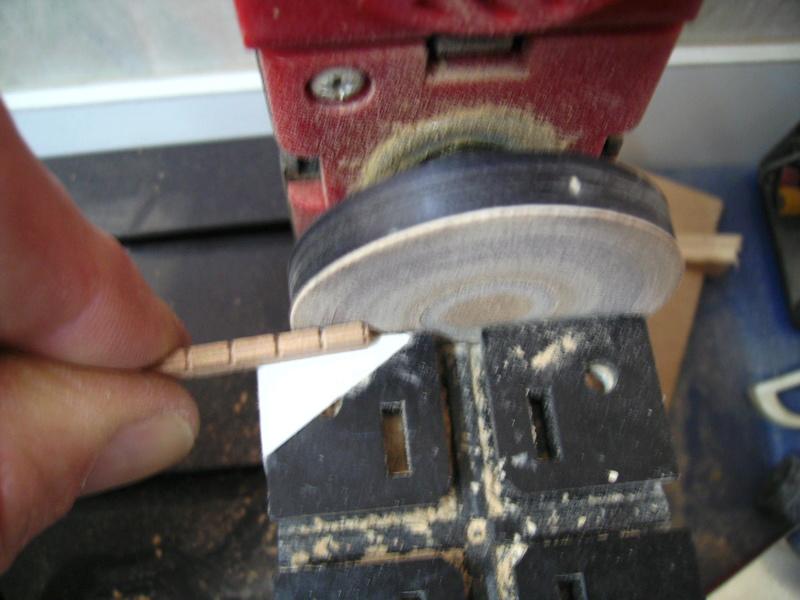 BISQUINE au 1/40 Kit Billing Boats modifié Xavero - Page 9 Bild0453