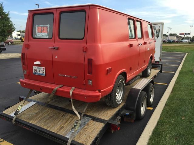 70 Chevy Van - Lansing, IL - $6500 -  307 V8 - NICE! 70_che10
