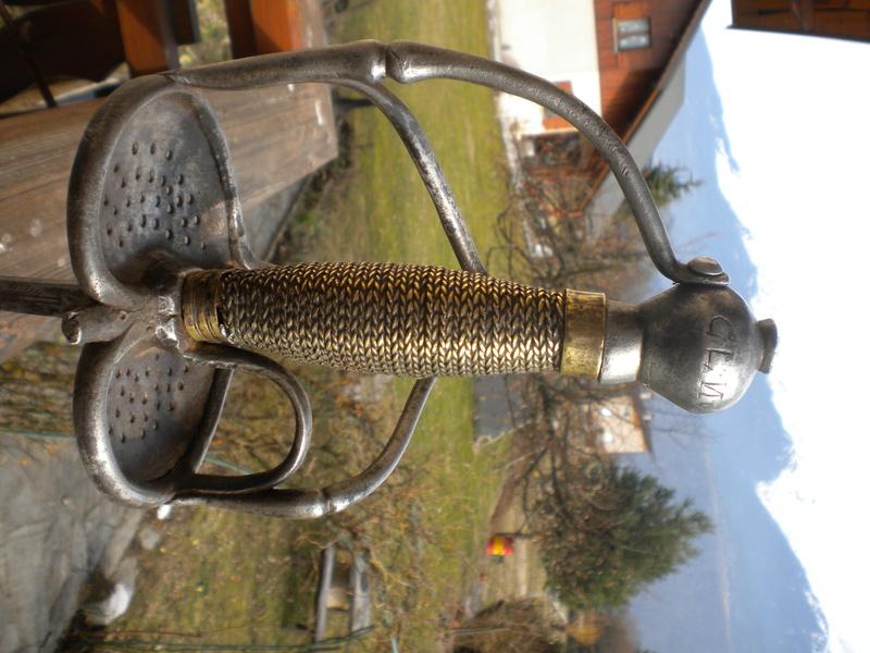 historique des épées wallonnes Dscn1312