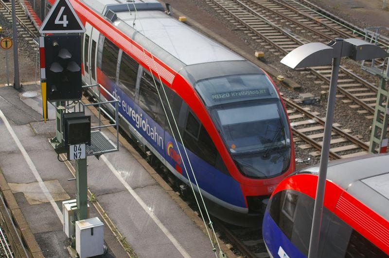 Was die Züge so bewegt ... - Seite 6 Imgp2111