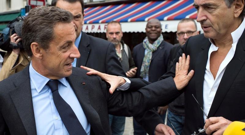 Affaire libyenne : Nicolas Sarkozy devrait se retirer de la vie politique. Il incombe maintenant aux Français de rappeler à Nicolas Sarkozy que, dans cette triste affaire, c'est lui qui était en première ligne. Sarkoz10