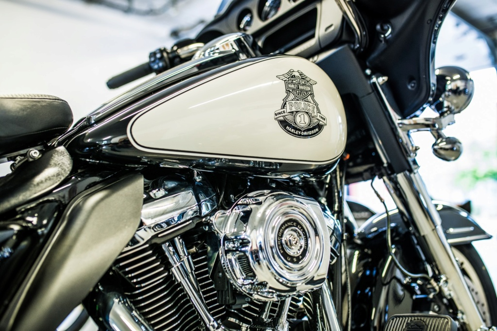 Electra POLICE M8 107 2019 FLHP 62626610