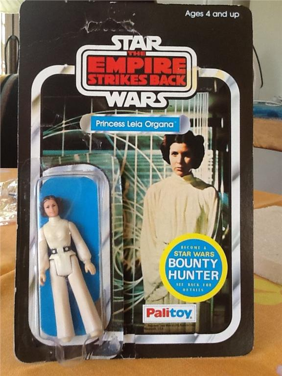 Palitoy ESB Leia with Bounty Hunter sticker - PLEASE HELP ME! - this must be unusual 23112010