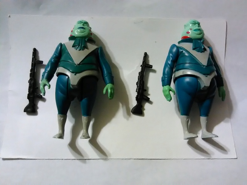 FS: pair of glasslite vlix figures complete. Img_2028