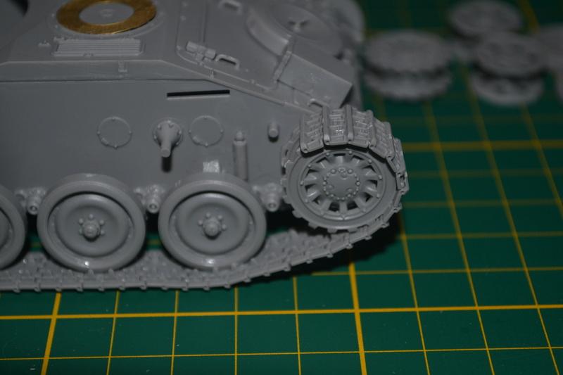 AMX 13/90 TAKOM 1/35 Dsc_0028
