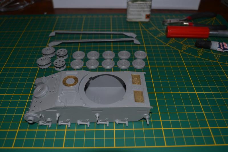 AMX 13/90 TAKOM 1/35 Dsc_0029
