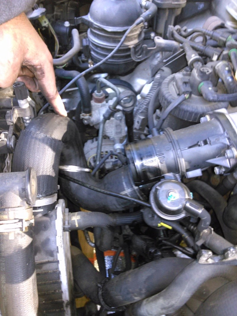 [ Peugeot 607 2,2 hdi 136 an 2005 ] problème sous pression turbo (résolu) - Page 2 Img_2020