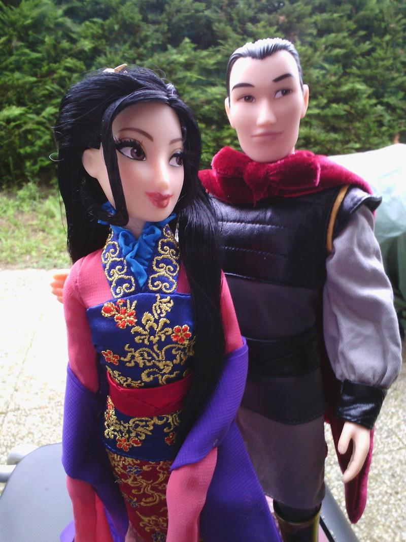 Nos poupées Designer en photo - poupée de la semaine - Page 37 Img_2056