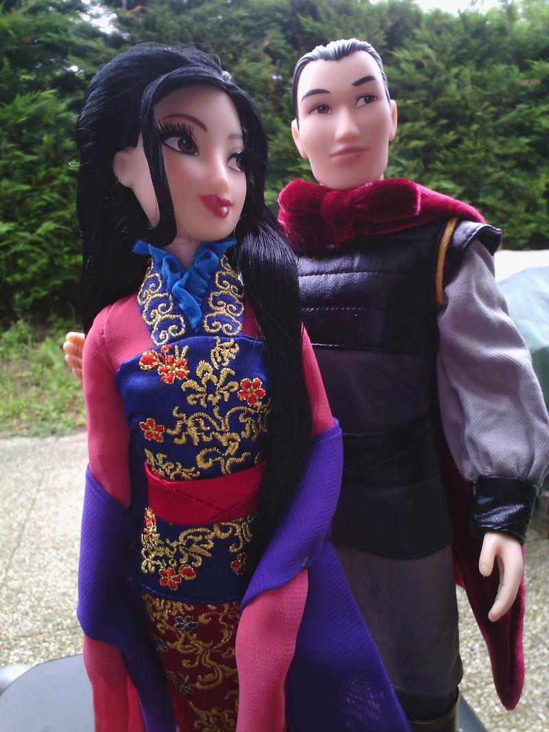 Nos poupées Designer en photo - poupée de la semaine - Page 37 Img_2057