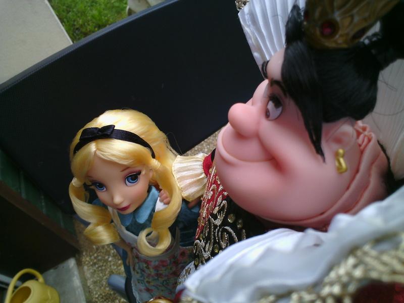 Nos poupées Designer en photo - poupée de la semaine - Page 39 Img_2082