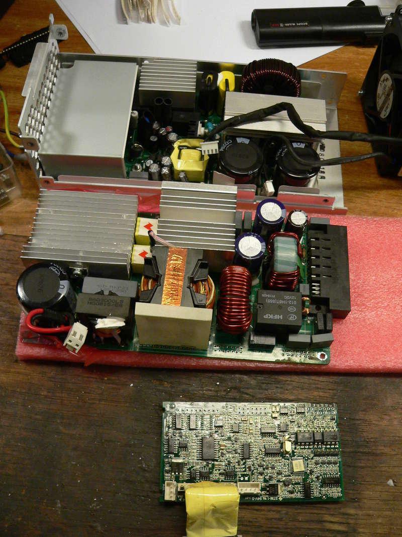 Chargeur 48V 1600watts (sur base alim de serveur) P1180113