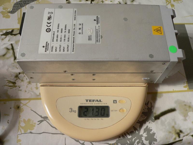 Chargeur 48V 1600watts (sur base alim de serveur) P1180115