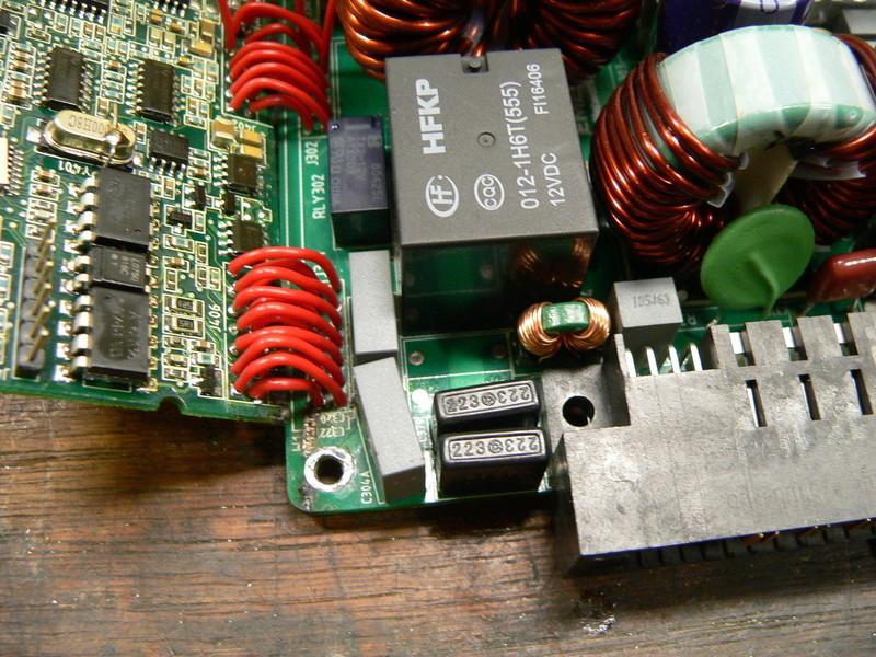 Chargeur 48V 1600watts (sur base alim de serveur) P1180117