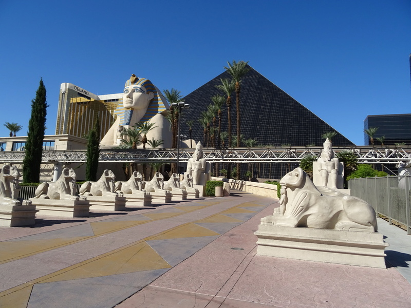 Bivouac dans le désert avant Las Vegas Dsc04910