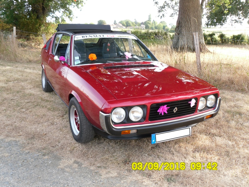renault 17 decouvrable rouge lucifer  - Page 20 Sdc11611