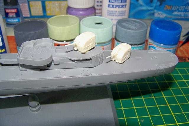 USS Murphy DD603 (Dragon 1/350 USS Laffey Classe Benson) 100_0716