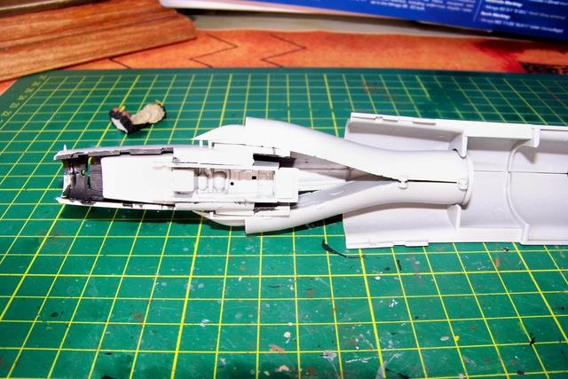 Mirage III EL 1/48 Kinetic (defi au trésorier de l' AMO61) 100_1022