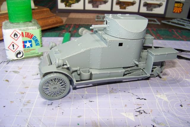 Auto Mitrailleuse Lanchester ( CSM 1/35) FINI 100_3565