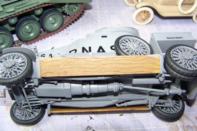 Auto Mitrailleuse Lanchester ( CSM 1/35) FINI 100_3626